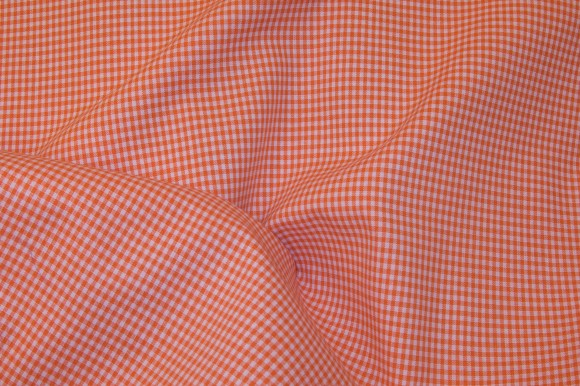 Kitchen 2mm checkers in orange and white