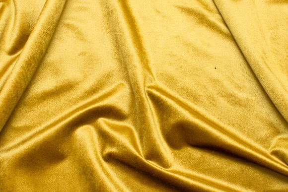 Beautiful, golden brass-colored rokoko-velvet with light shiny surface