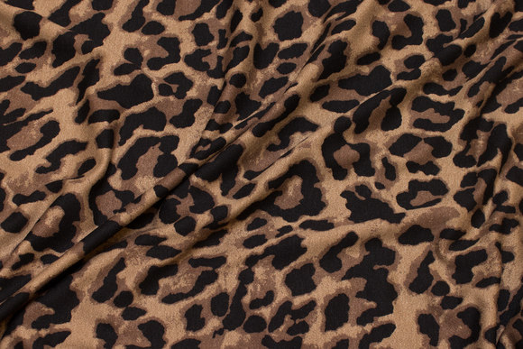Light viscose-jersey with animal-print in brown and black
