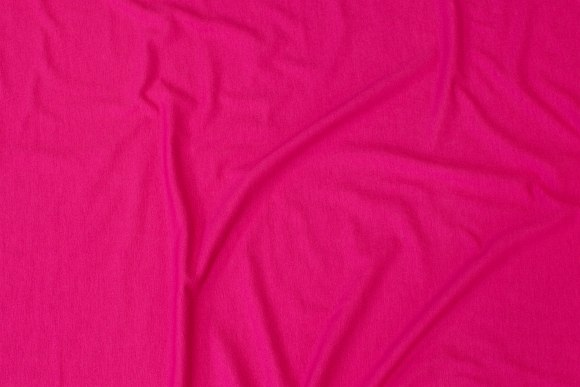 Lightweight viscosejersey in dark pink