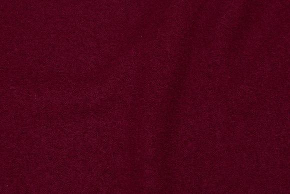 100% wool bouclé in bordeaux colored