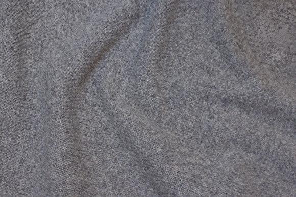Wool-knit in medium-grey