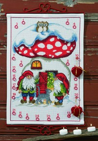 Permin 34-1238. White christmas calendar with mushroom house and elfs.