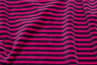 Stretch-velvet, across-striped in pink and dark purple