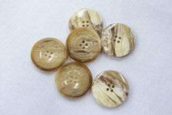 Brown/beige button, 4 holes 2,4cm