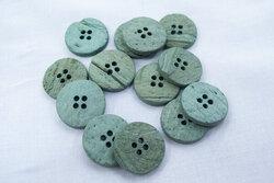 Coconut button dusty mint 20mm