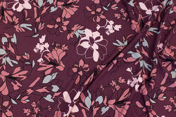 Bordeaux viscose-jersey with ca. 6 cm flowers