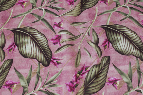 Speckled fuchsia-colored, medium-thickness cotton with green leaves