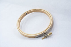 Wooden embroidery ring 10cm