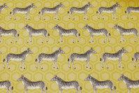 Yellow gobelinstof with zebras
