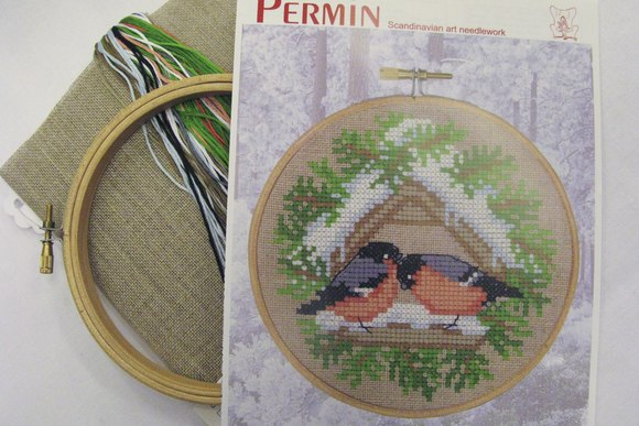 Embroidery small birds