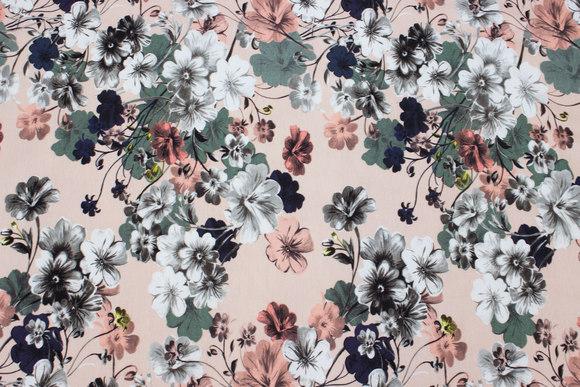 Powder-colored cotton-jersey with flowers in navy, soft red and white
