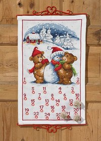 Christmas calendar with teddies and snowman. Permin 34-5224.