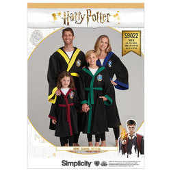 Harry Potter Unisex Robes. Simplicity 9022.