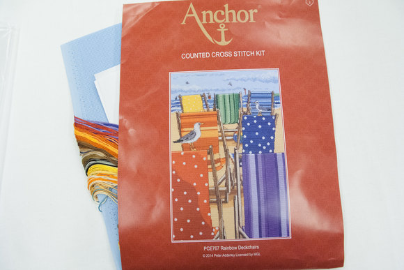Anchor embroidery deck chairs 30 x 20 cm
