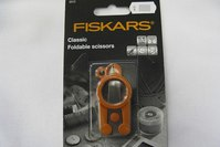 Fiskars foldable scissors