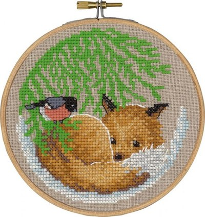 Christmas wall embroidery with fox and bird