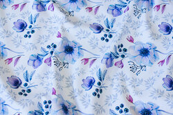 Light sweatshirt fabric in white with blue flowers