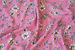 Tencel-modal soft jersey in old rose with 1-2 cm flowers