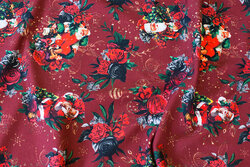 Wine-red christmas jersey with santas and roses