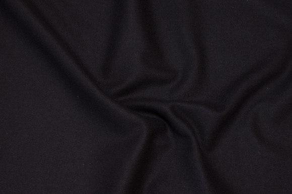 100% medium-thickness wool flannel in black