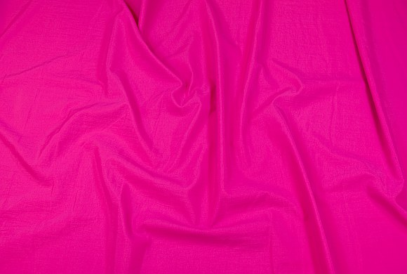 Pink taslan in light coated quality