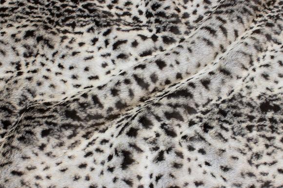 Luxury fur in faux snow-leopard