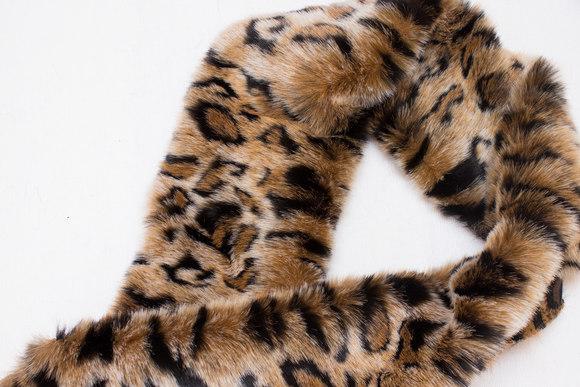 Fake fur piece in supersoft faux jaguar