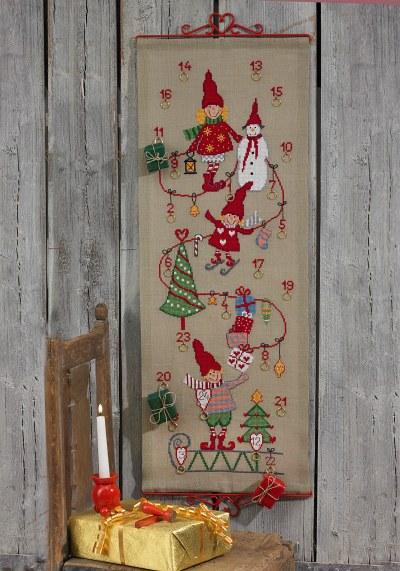 Christmas Calendar with elf-girls and snowman