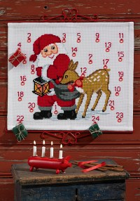 Christmas Calendar in white with Santa Claus and reindeer. Permin 34-3268.