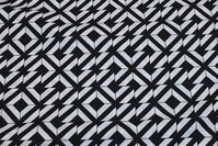 Black and white cotton with graphical pattern, 3 cm checks