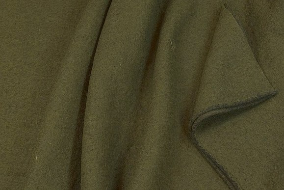 Felt wool in olive-color