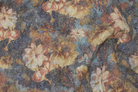 Grey uldfleece with golden flowers