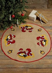 Christmas tree skirt with elfs with pourage