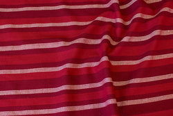 Almue-striped cotton in red colors