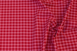 Firm cotton in soft red and red checks