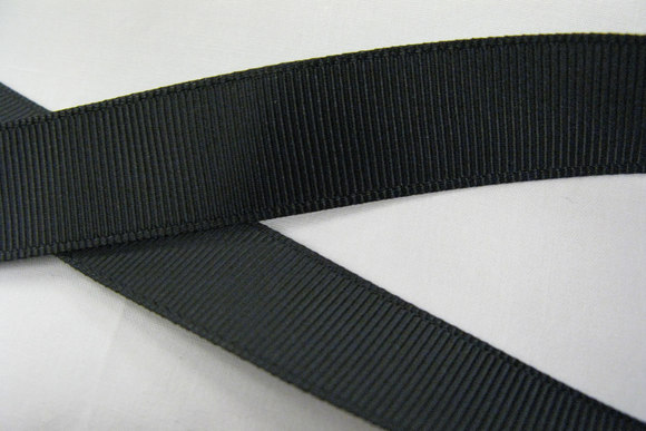 Grossgrain ribbon black 25mm