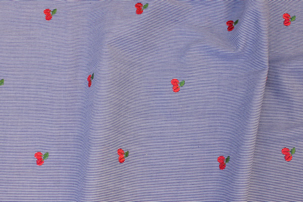 Narrow-striped navy and white skjortebomuld with embroidery cherries