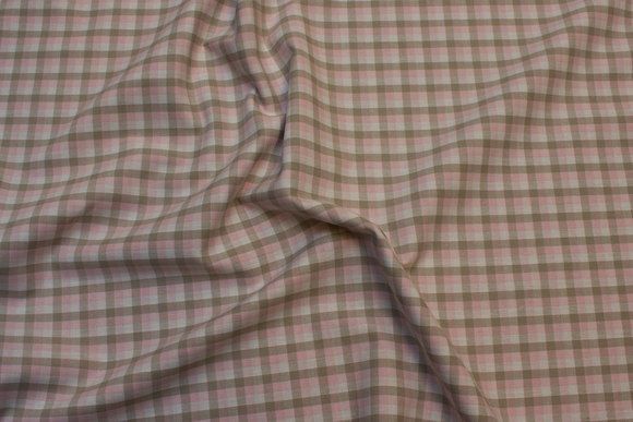 Small-checkered cotton in dusty soft red and sand