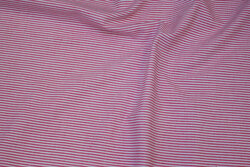 Through-woven, narrow-striped cotton in dusty red and white