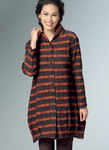 Very loose-fitting shirt has shaped hems with tucks. B: Border prints.