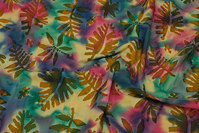 Batique-cotton with leaf-pattern, 12 cm leaves