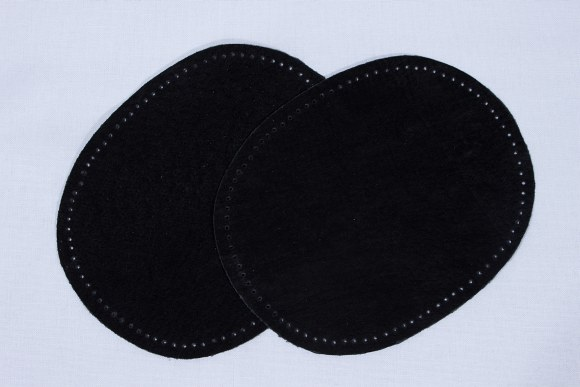 Black, oval patches in suede 2 pcs