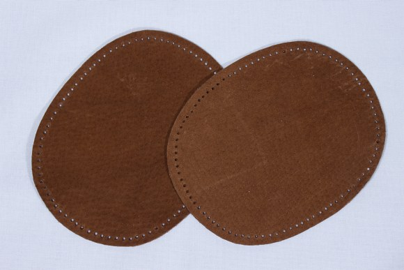Brown, oval patches in suede 2 pcs