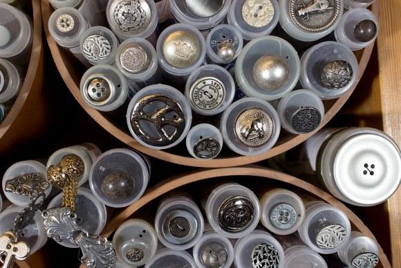 Metal buttons 4