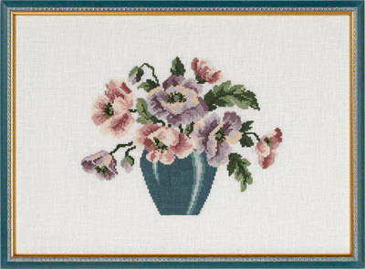 Wall embroidery vase with flowers