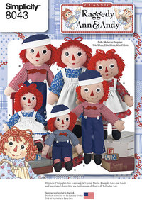 Raggedy Ann and Andy Dolls. Simplicity 8043.