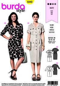 Dress with v-udskæring and button closure