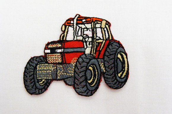 Ironing patch with tractor, red