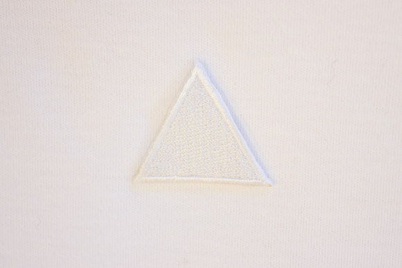 White triangle patch 3 cm